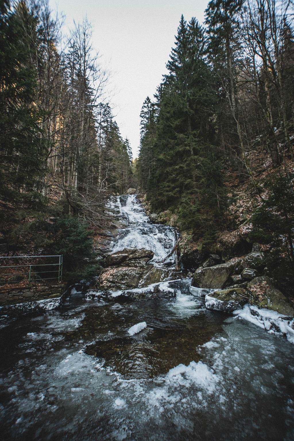 Rißlochwasserfälle im Winter