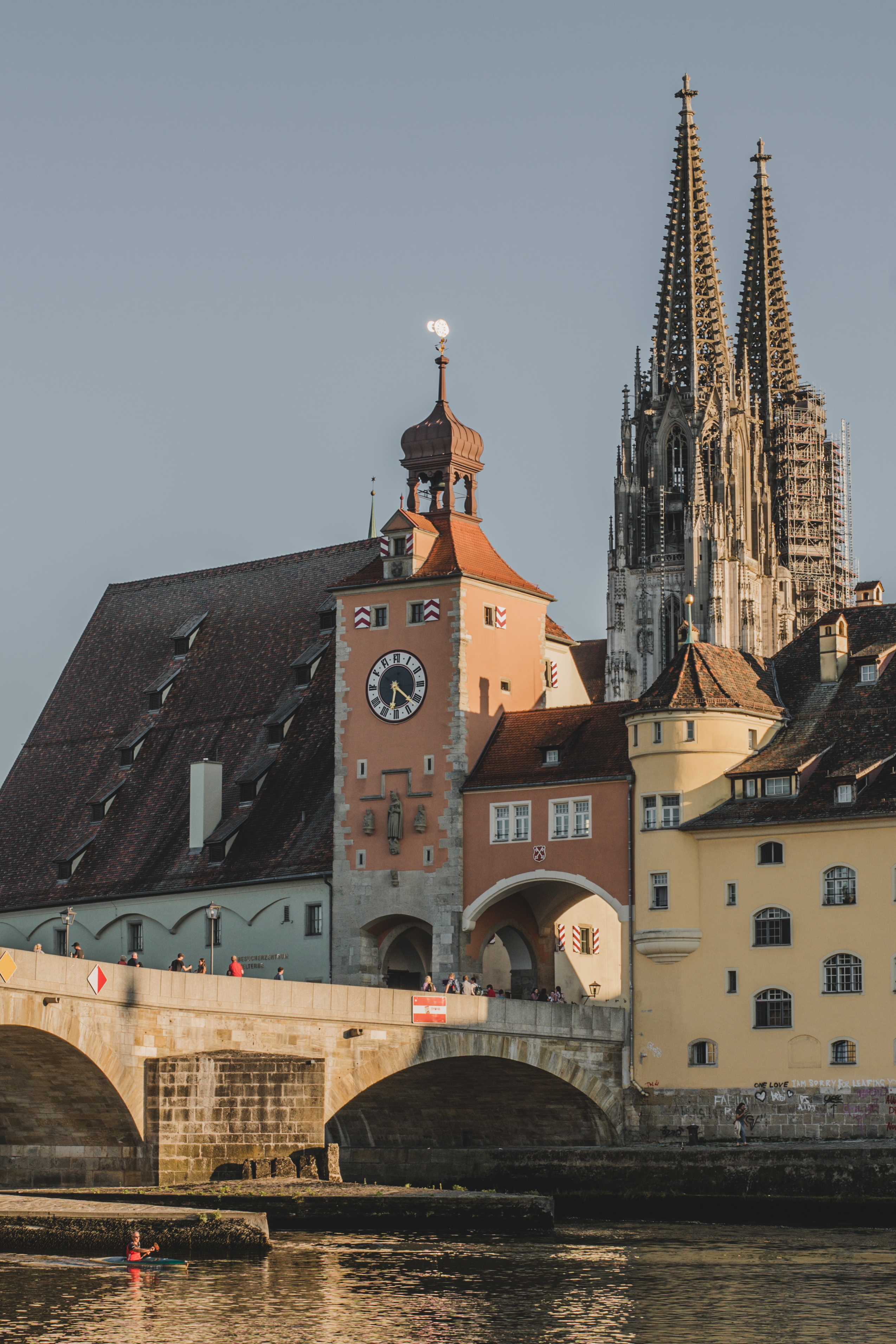 Blick auf Regensburg und die Steinerne Brücke